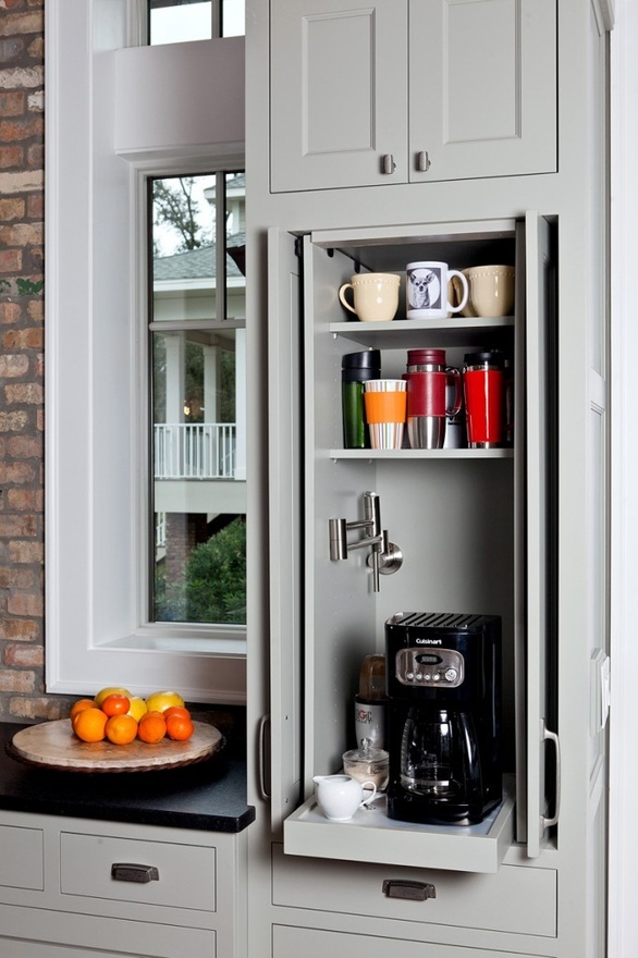 Love the easy water access for this coffee station-image via Maria Killam