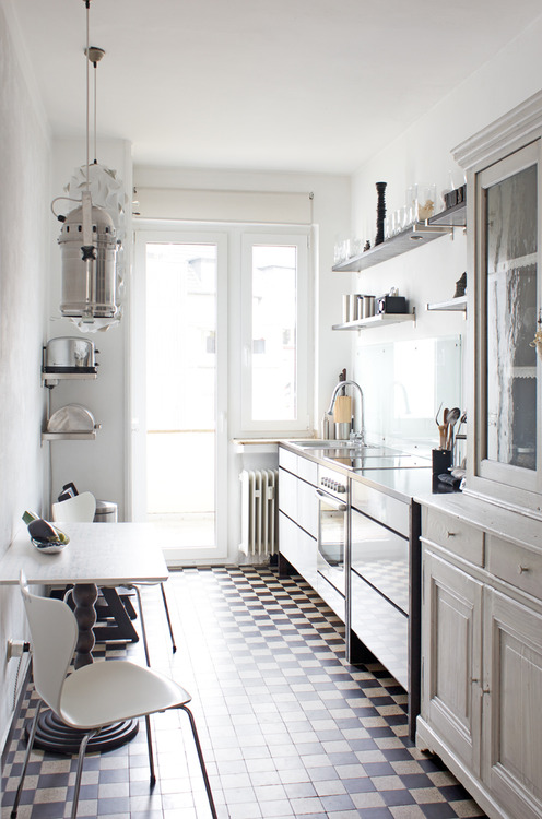 See white appliances mixed with old world charm & industrial-image via 0509 Ravenous on Tumbler