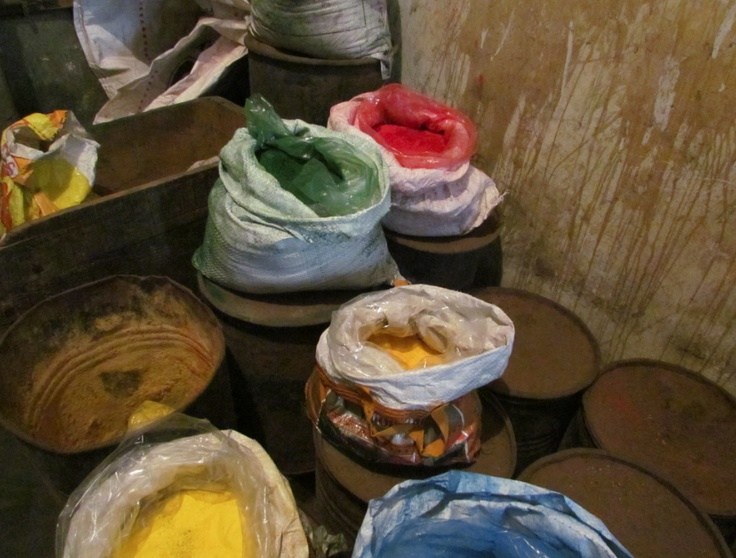 Natural Mineral Pigments used to paint, along with real gold