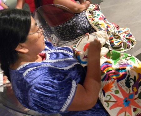 hermes3 Mexican Otomi Tenango Textiles