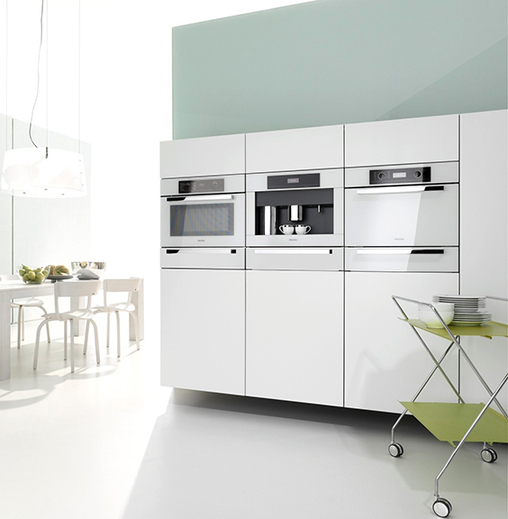 Brilliant White appliances-image via  jgkitchens