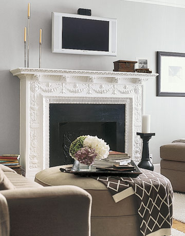 tv fireplace de  11 Tips on How to Display Your Flat Screen TV